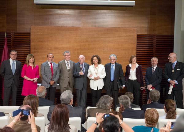 Medalla municipal a los 11 Cronistas de la Villa.