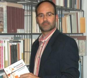 El arqueólogo eldense Gabriel Segura. / INFORMACION