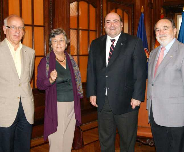 Juan Luis Álvarez del Busto, Carmen Ruiz-Tilve, Agustín Iglesias Caunedo y Antonio Galiano.