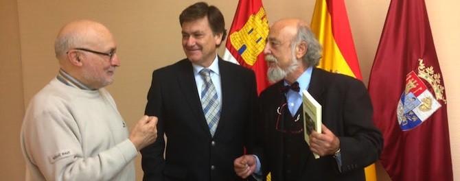 Emilio Pascual, Francisco Vázquez y Apuleyo Soto.