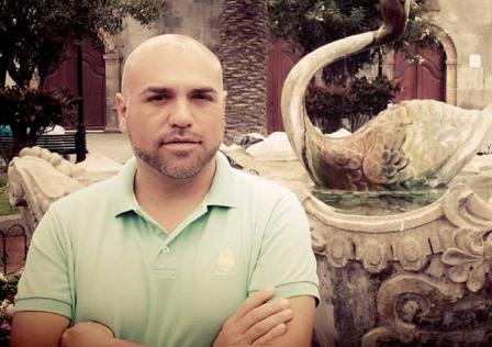 Marcos González.
