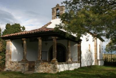 La ermita rural de Piloñeta.