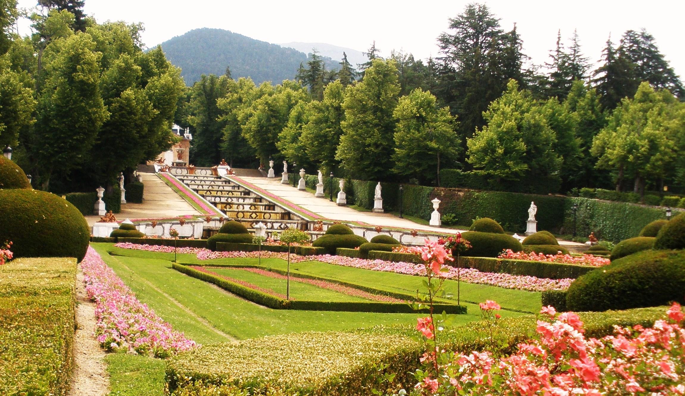 La nostalgia de versalles en los jardines barrocos de espa a for Jardines barrocos