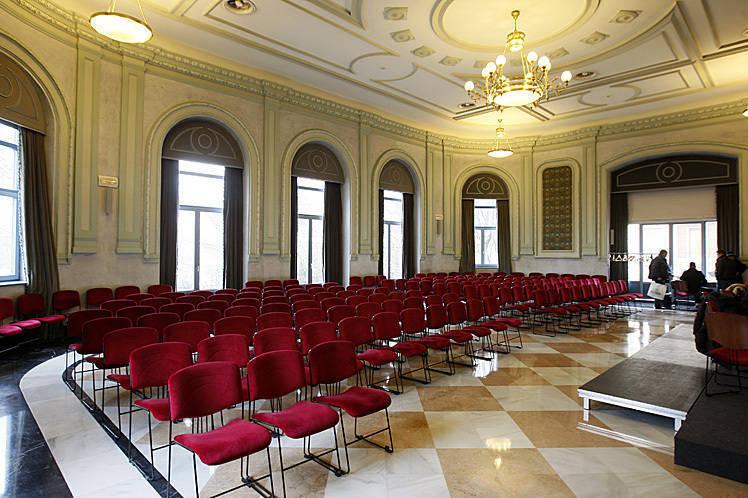 Sala 'Polisón del Teatro Principal de Burgos en donde se celebraran las sesiones de trabajo.
