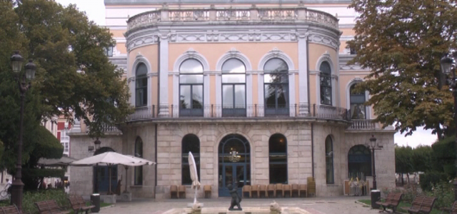 Teatro Principal de Burgos. El 'Polisón'.