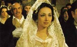 La actriz Rosaria Omaggio en su papel de Visanteta.
