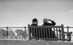 bench-1355620_1920