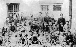 La Escuela de Gregorio Milla en 1908.