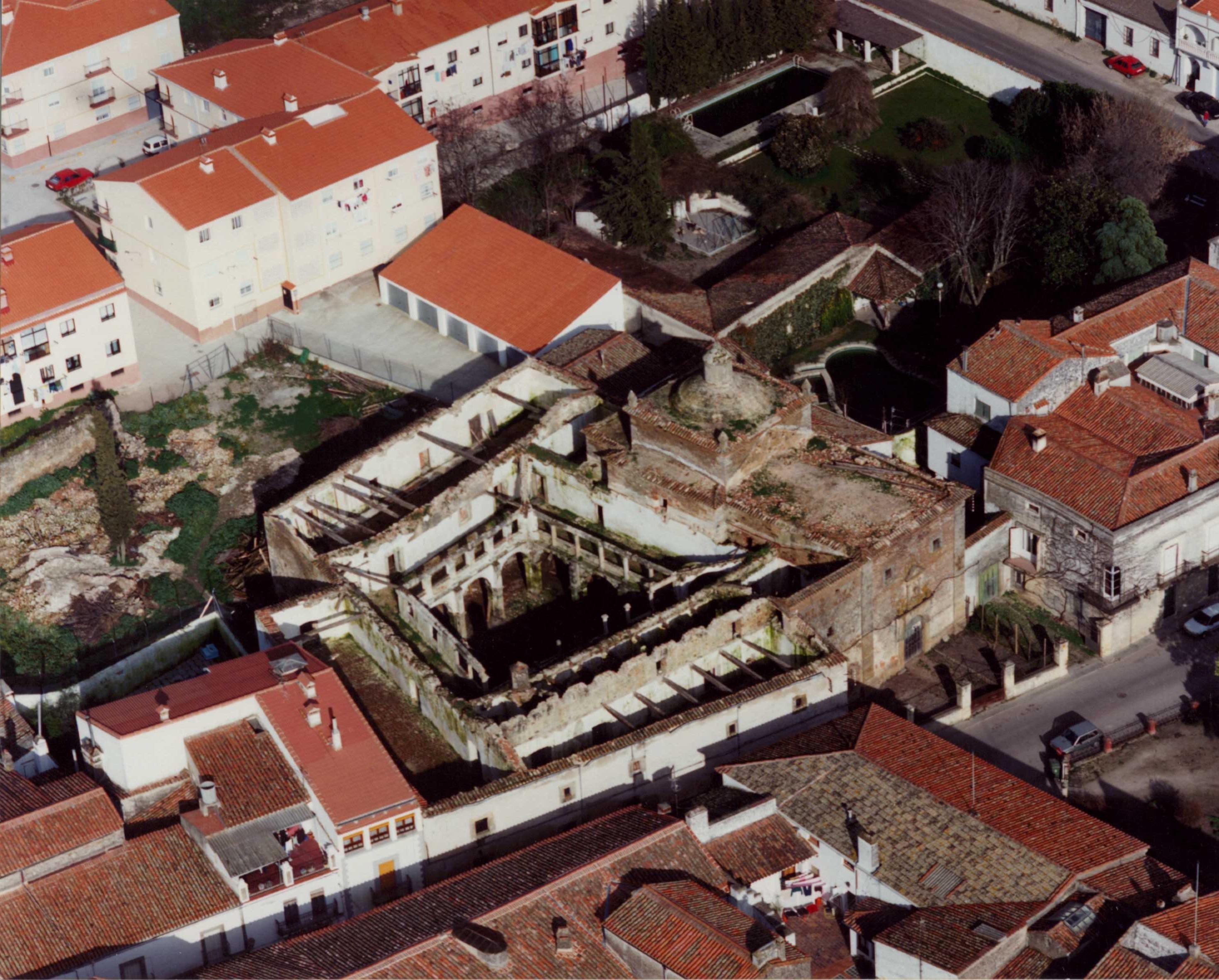 Convento de San Antonio, antes de las obras, 1995.