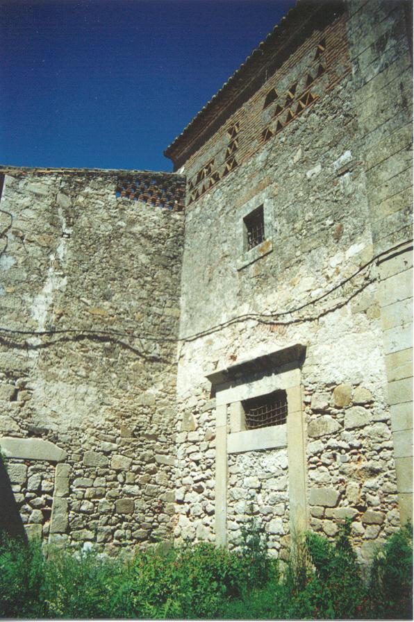 Detalle de la  fachada antes de las obras.